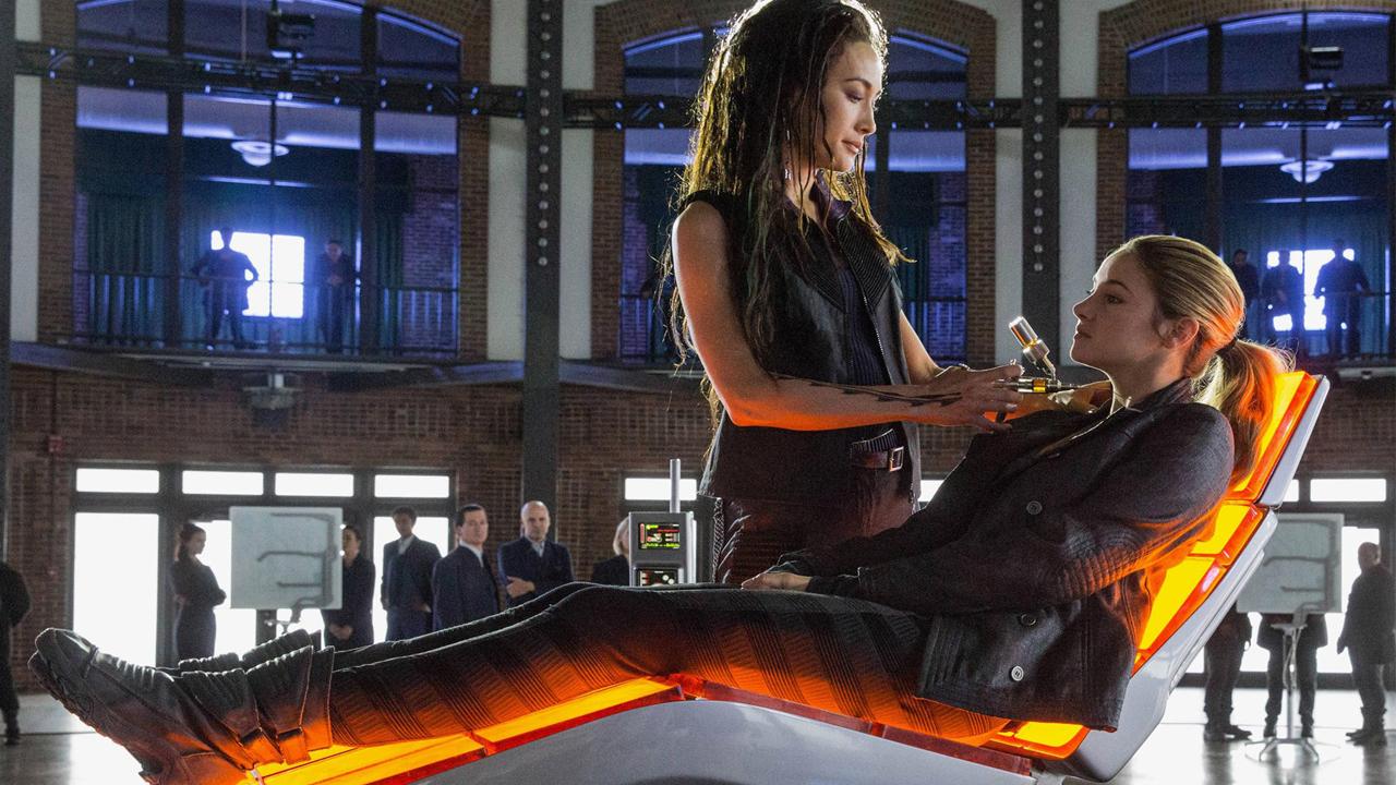 52 Divergent 2014 Cinejour